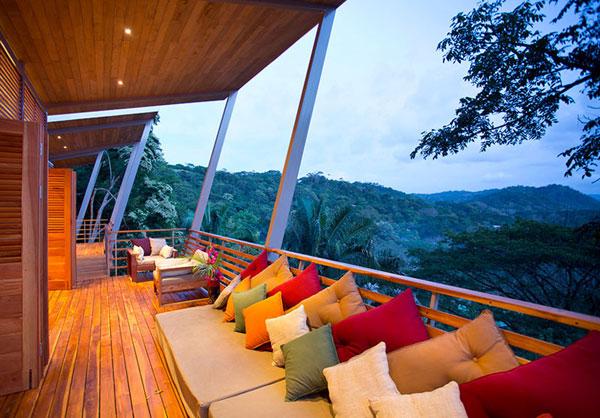 Costa Rica decor