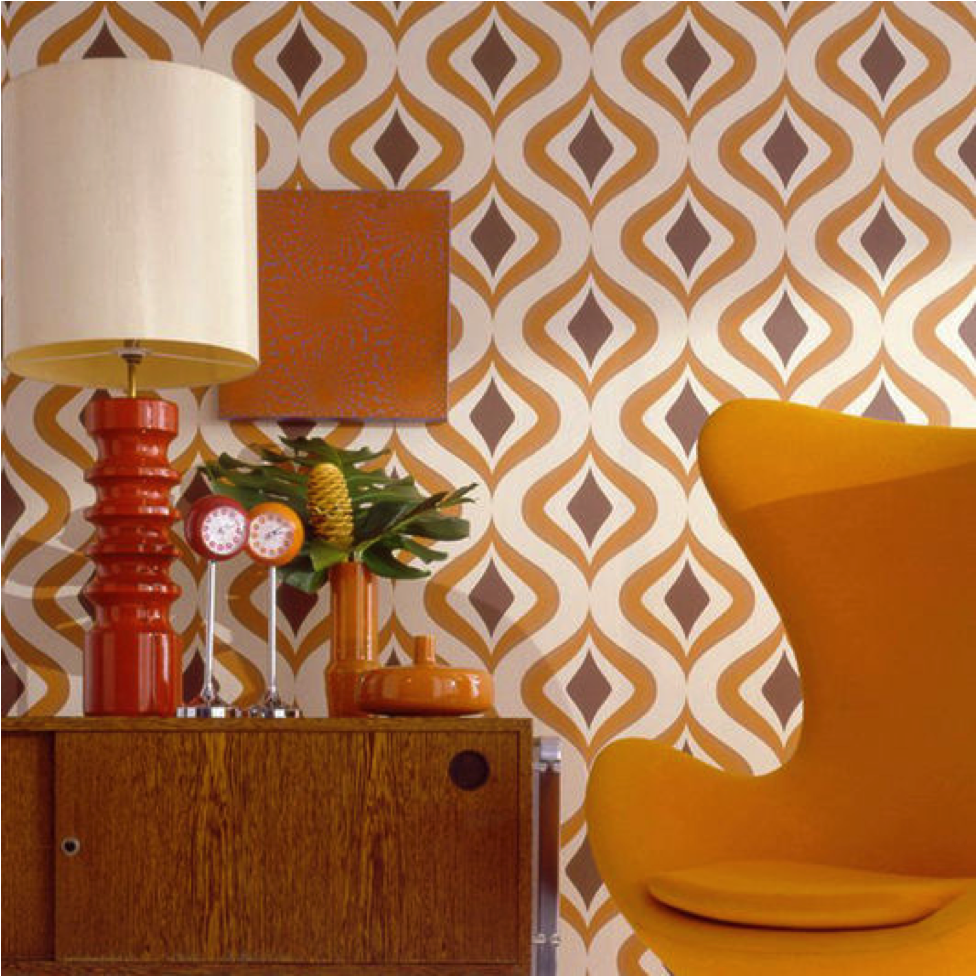 Mod retro wallpaper in orange and brown geometric pattern